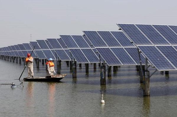آغاز پروژه بزرگترین نیروگاه خورشیدی شناور جهان