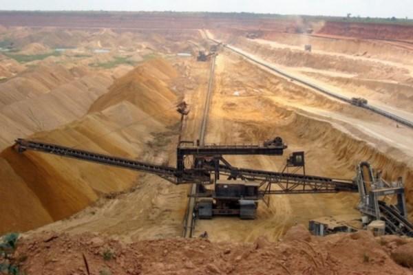 اعطای تسهیلات ۱.۵ میلیارد دلاری دولت برای صنایع کوچک در حوزه معدن