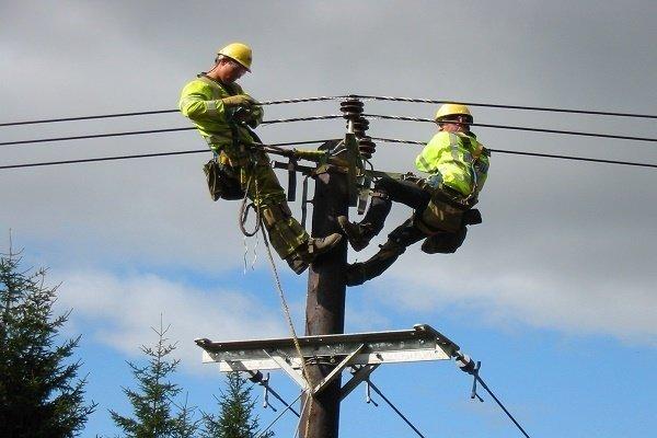 ۴۰ میلیارد ریال برای پروژههای تقویت برق دشتی هزینه شد