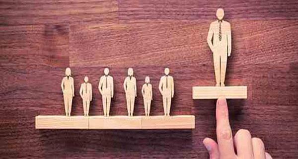 آیا به عنوان یک مدیر برای کارمندان خود الگوی خوبی هستید؟