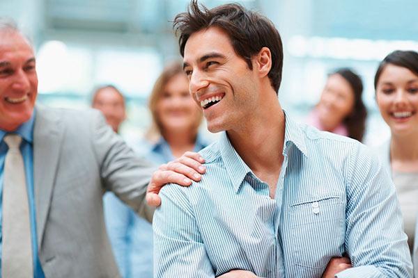۱۰ روش مدیریتی برای اعتماد سازی در محیط کار