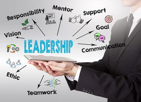 ۶ ویژگی مهم برای مدیریت کسب و کار و رهبری موفق