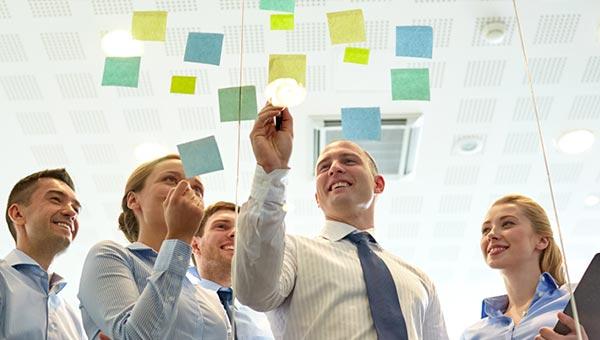 ۱۲ روش مدیریت برای رضایت شغلی کارمندان بدون افزایش حقوق