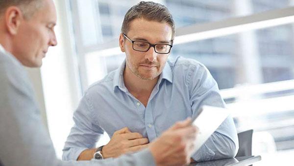 رفتار مدیریت با کارمند بدقلق