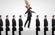 به عنوان یک مدیر چطور باید با کارمند بدقلق رفتار کنم که متوجه شود رئیس منم؟