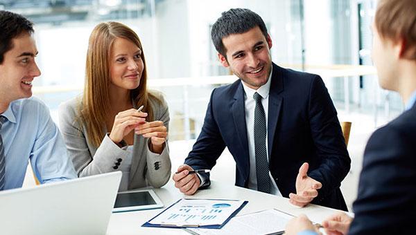 مثل یک مدیر به همکاران خود مشاوره دهید